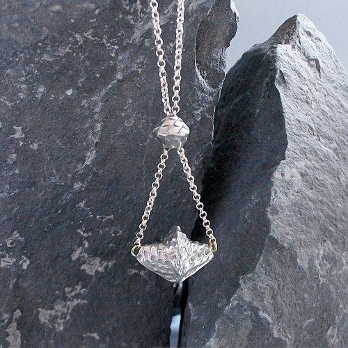 joao-vaz-jewellery-dark-matter-projects-at-poepke-8